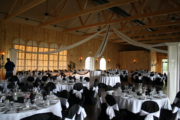 Tables - Tiffany and Brent\'s Wedding!